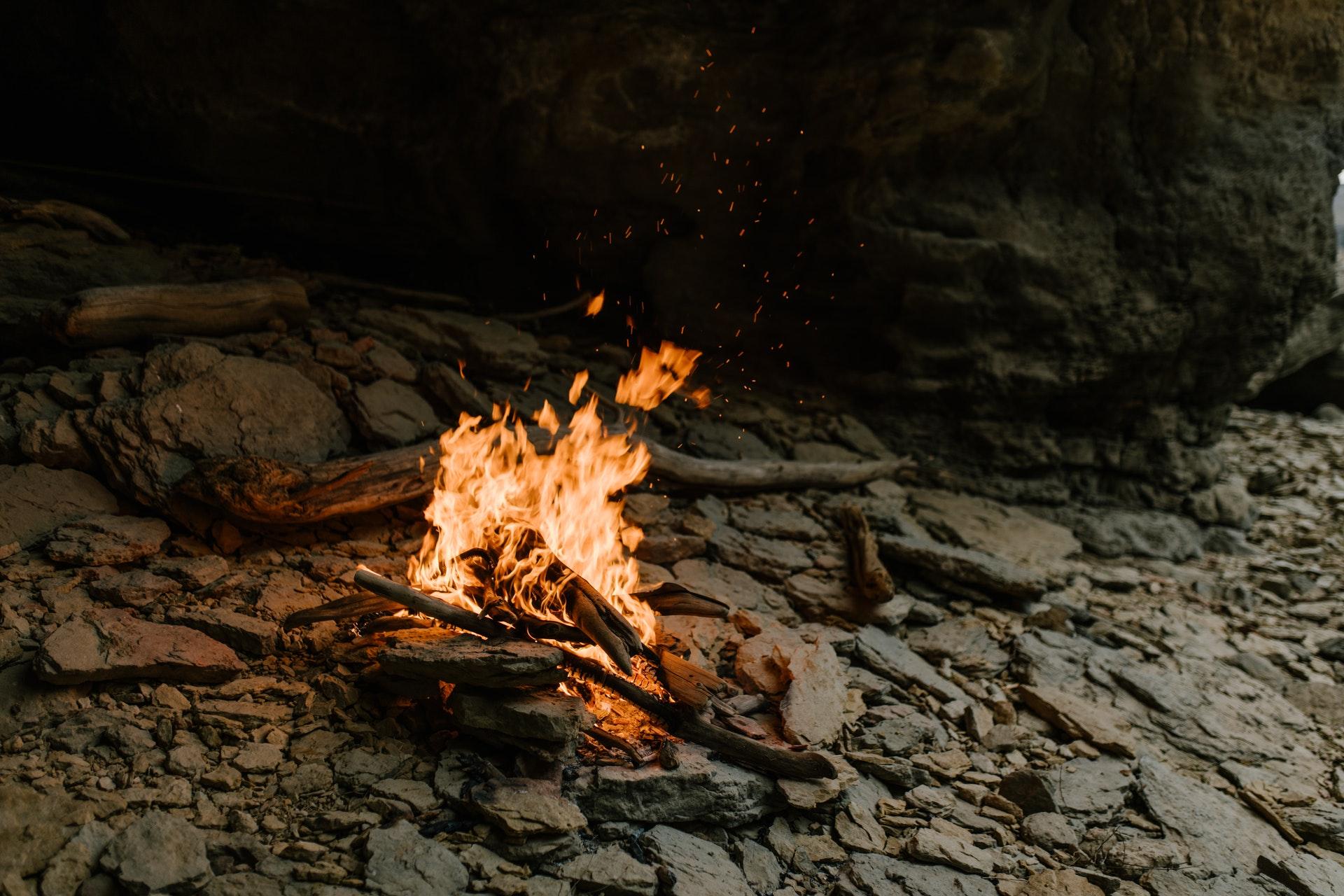 Jak rozpalićogień bez zapałek