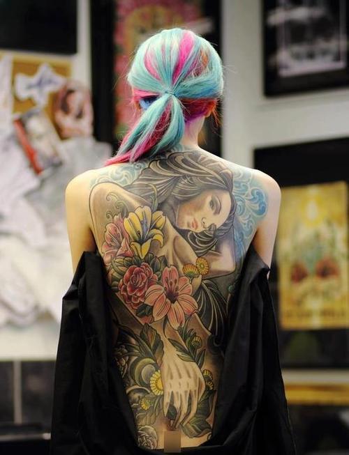 seksowne kobiety tatuaze 1