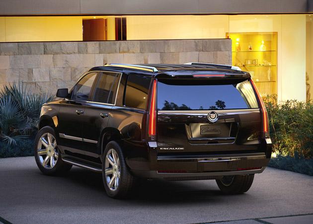 2015-Cadillac-Escalade-2