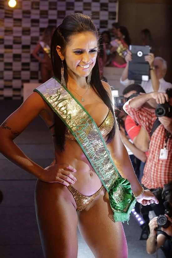 miss-bumbum-2013-6