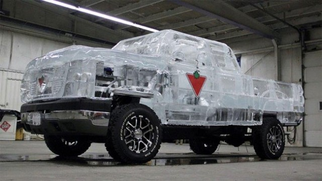 Driveable-Truck-made-of-Ice11-640x359