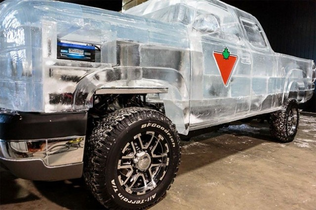 Driveable-Truck-made-of-Ice6-640x426