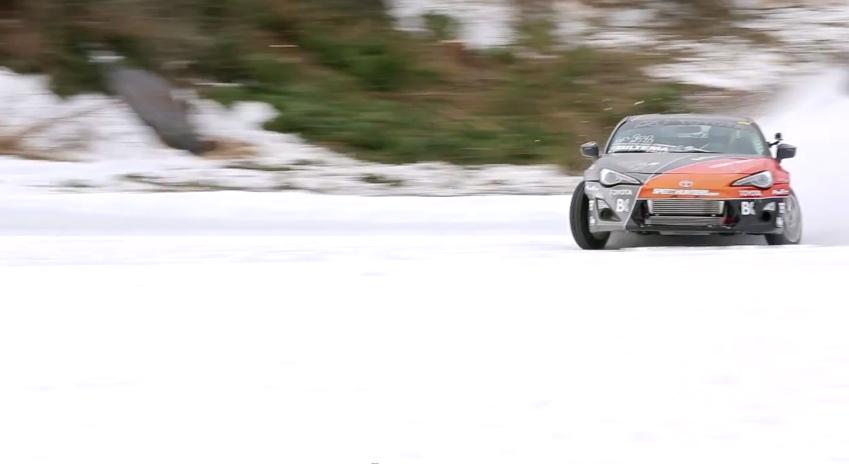 Poślizg na śniegu