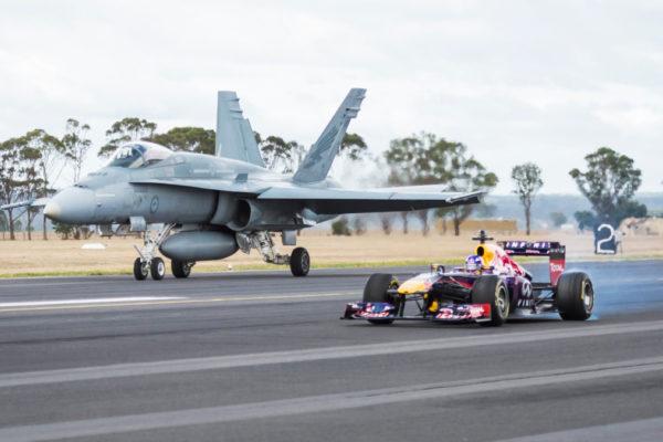 F1 vs F-18