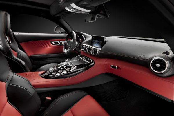 Mercedes-AMG-GT-003