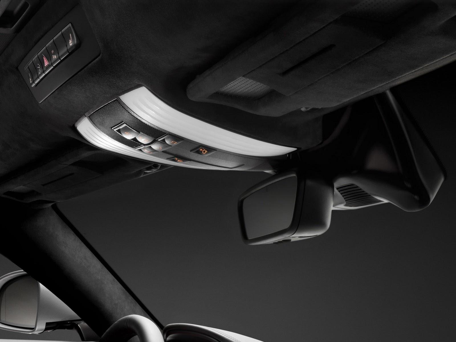 Mercedes-AMG-GT-043