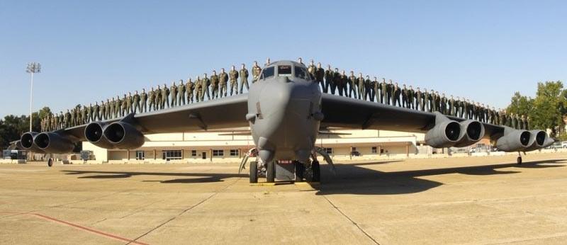 b-52 bombowiec przejdzie modernizację