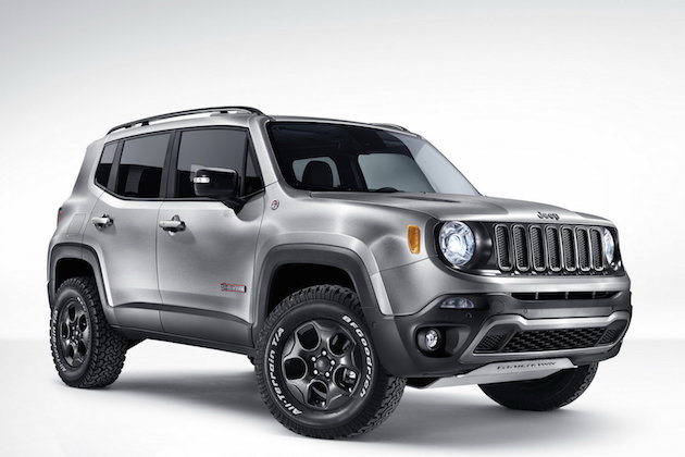 Jeep Renegade Hard Steel concept with Uconnect live infotainment system feel desain 2