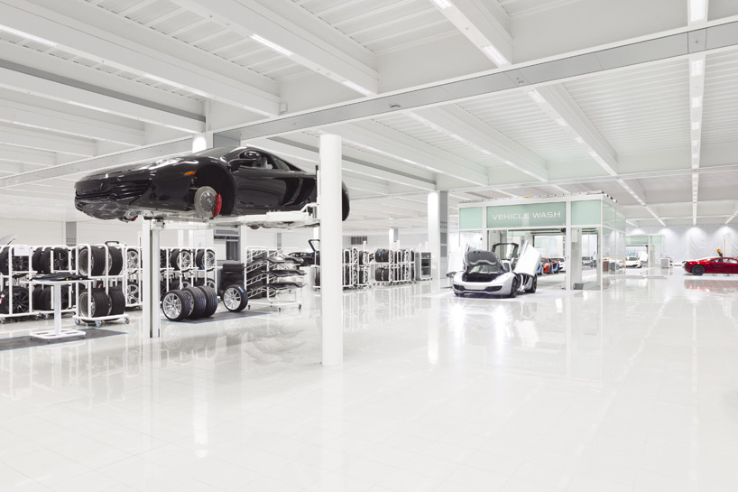 mclaren-production-center-3