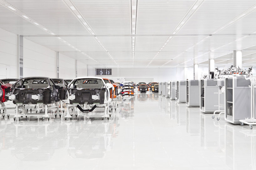 mclaren-production-center-4
