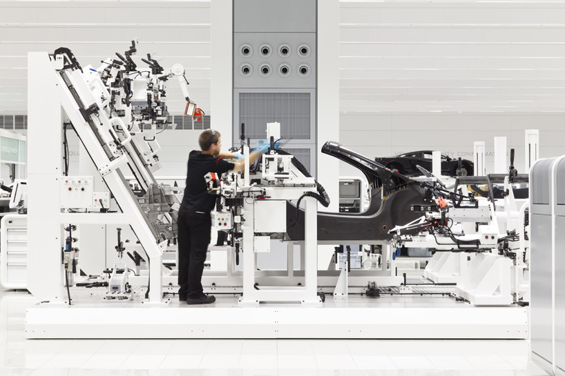 mclaren-production-center-5