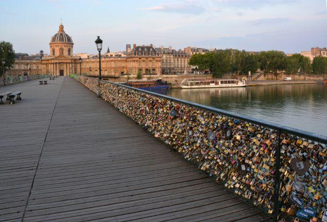 Kłódki na Ponts des Arts